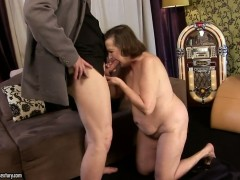 Eve Tickler gets seriously fucked in her mouth by lucky man